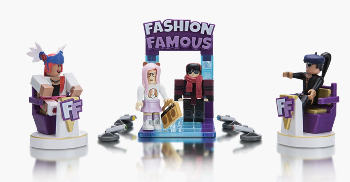 Roblox Fashion Famous Gift Set With Virtual Code Fashion - fashion famous roblox codes christmas