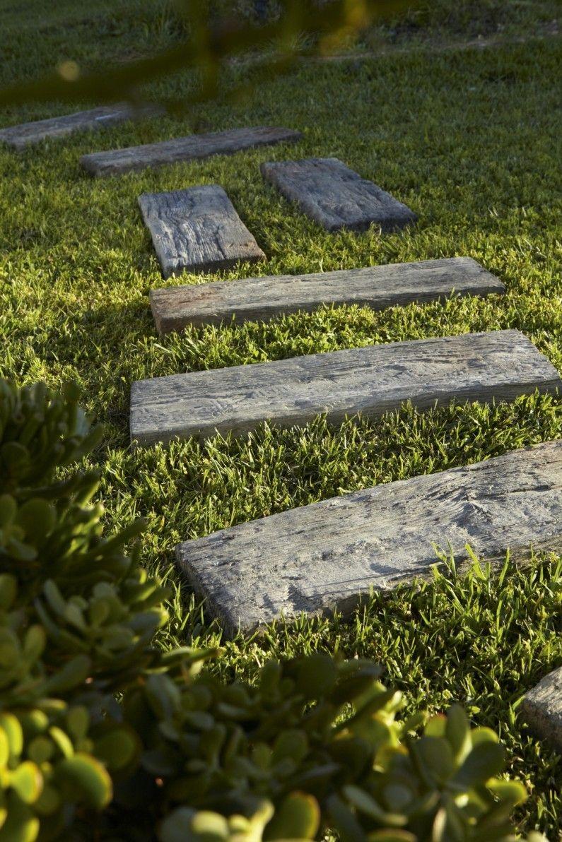 Des Dalles De Jardin Effet Bois Pour Conserver L Esprit Nature