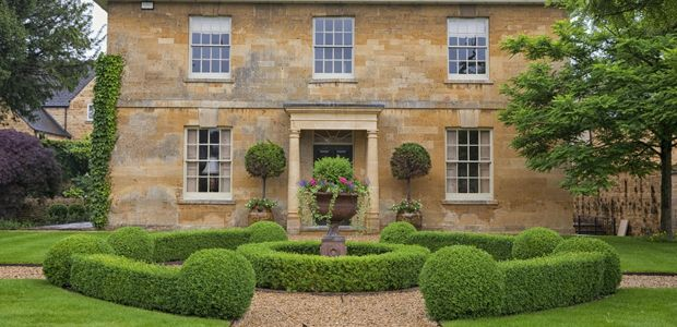 You Know A Well Landscaped Garden Can Boost Your Homeu0027s Value And Its Curb  Appeal