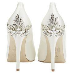 Zapatos para una boda de invierno de Harriet Wilde Marina Daisy.