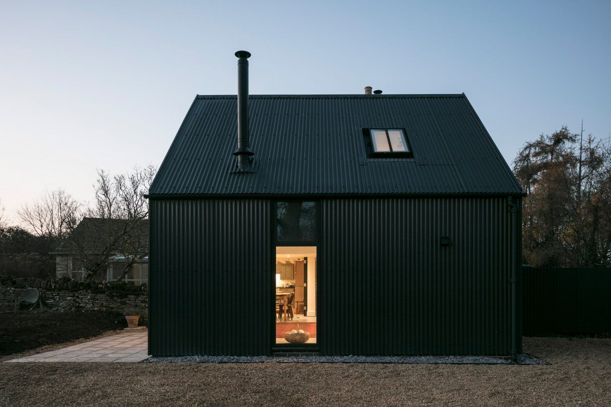 Eastabrook Architects Adds Corrugated Metal Extension To Cotswolds Cottage Cotswolds Cottage Cottage Extension Cottage