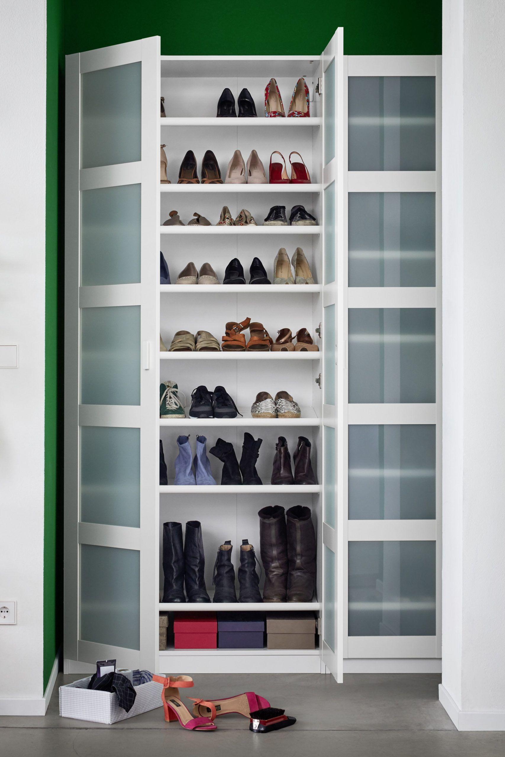 Bergsbo Tur Milchglas Weiss Ikea Deutschland In 2020 Shoe Organization Closet Shoe Organizer Ikea Shoe