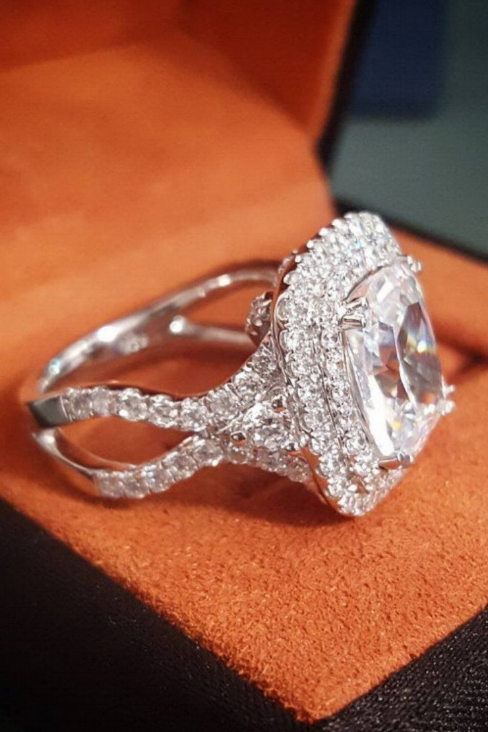 80 Hours of Labor ♡ Crafted to Perfection @diamondmansion #weddingring