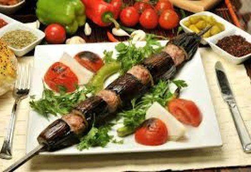 كباب الباذنجان التركي Turkish Recipes Tasty Dishes Food