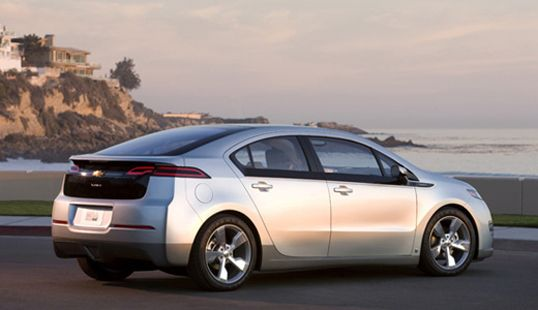 The Chevy Volt S Practical Design Offers A Realistic Solution To Electric Car Ownership And It Has Been Receiving Some Notable Chevrolet Volt Car Chevrolet Best Electric Car