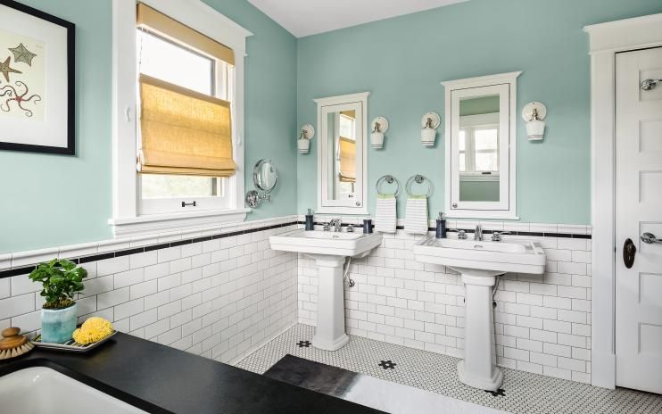 This Vintage Master Bath Upgrade Preserved The Essence Of The 100 Year Old Home Vintage Bathroom Tile Bathroom Design Decor Bathroom Design