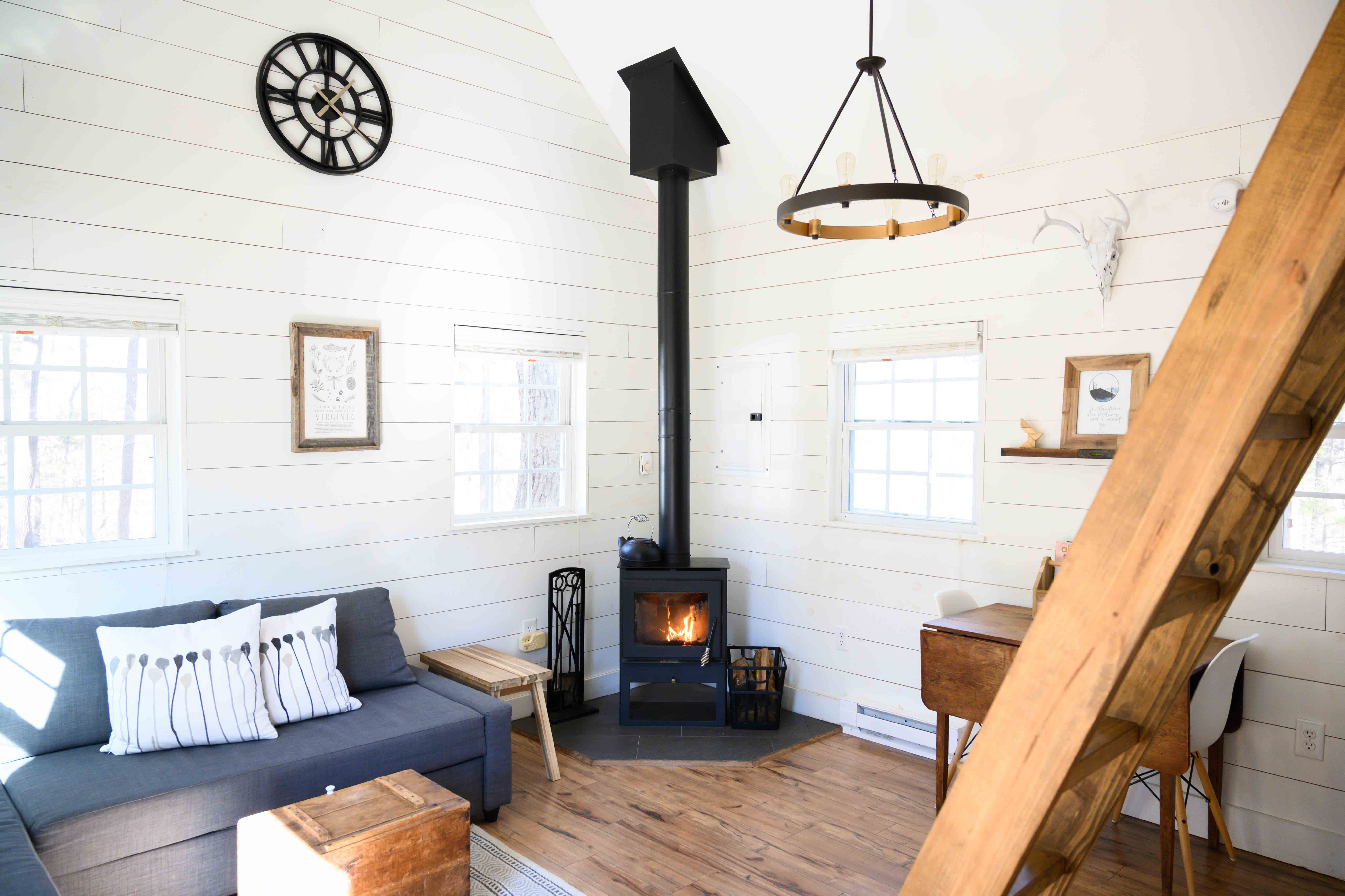 13 Cozy Airbnb Cabins You Can Rent Blue Ridge Mountain