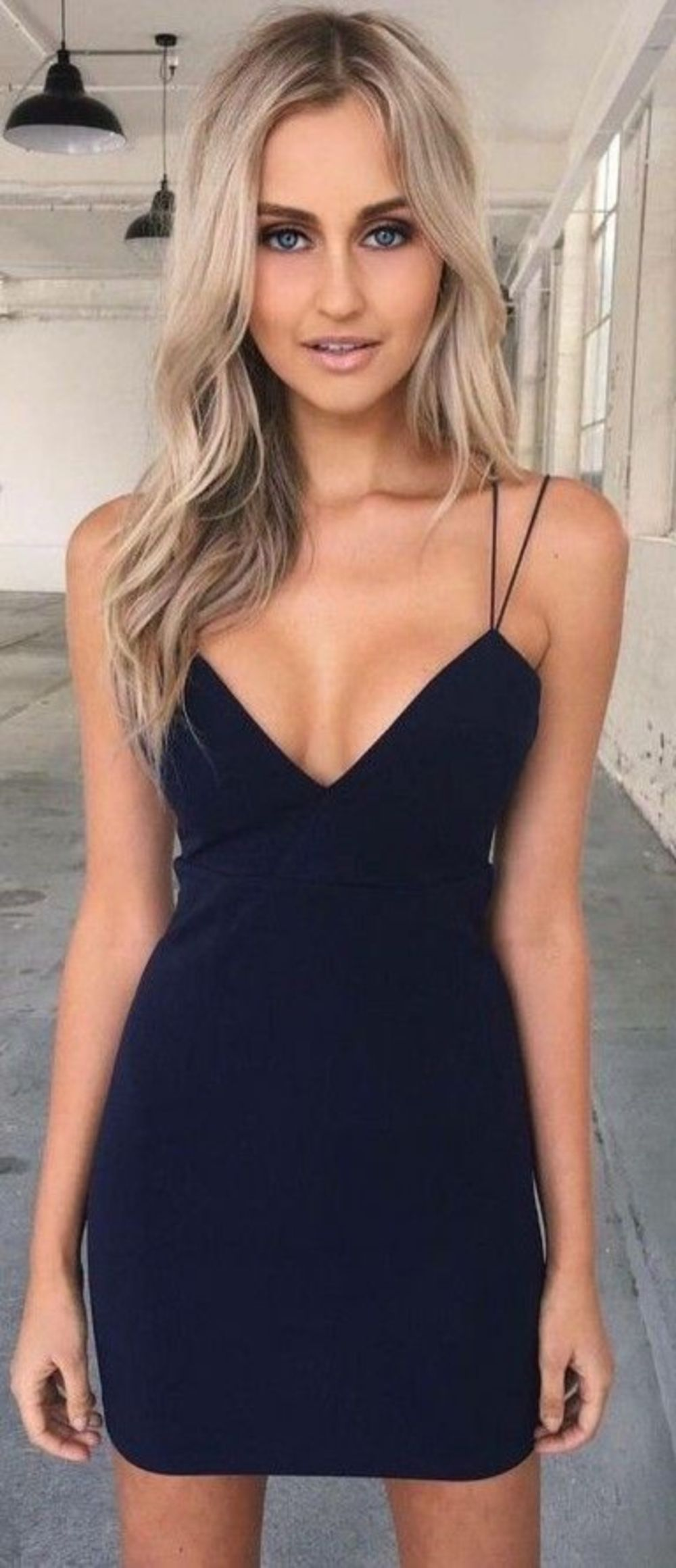 Bodycon spaghetti straps black short homecoming dress cocktail