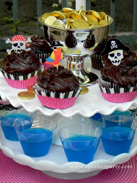 Treats at a Pirate Girl Party #pirate #partytreats