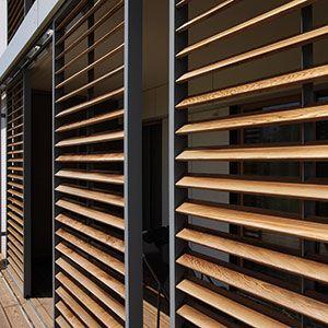 Panneaux coulissants loggiawood paro loggiawood paro for Panneau coulissant exterieur