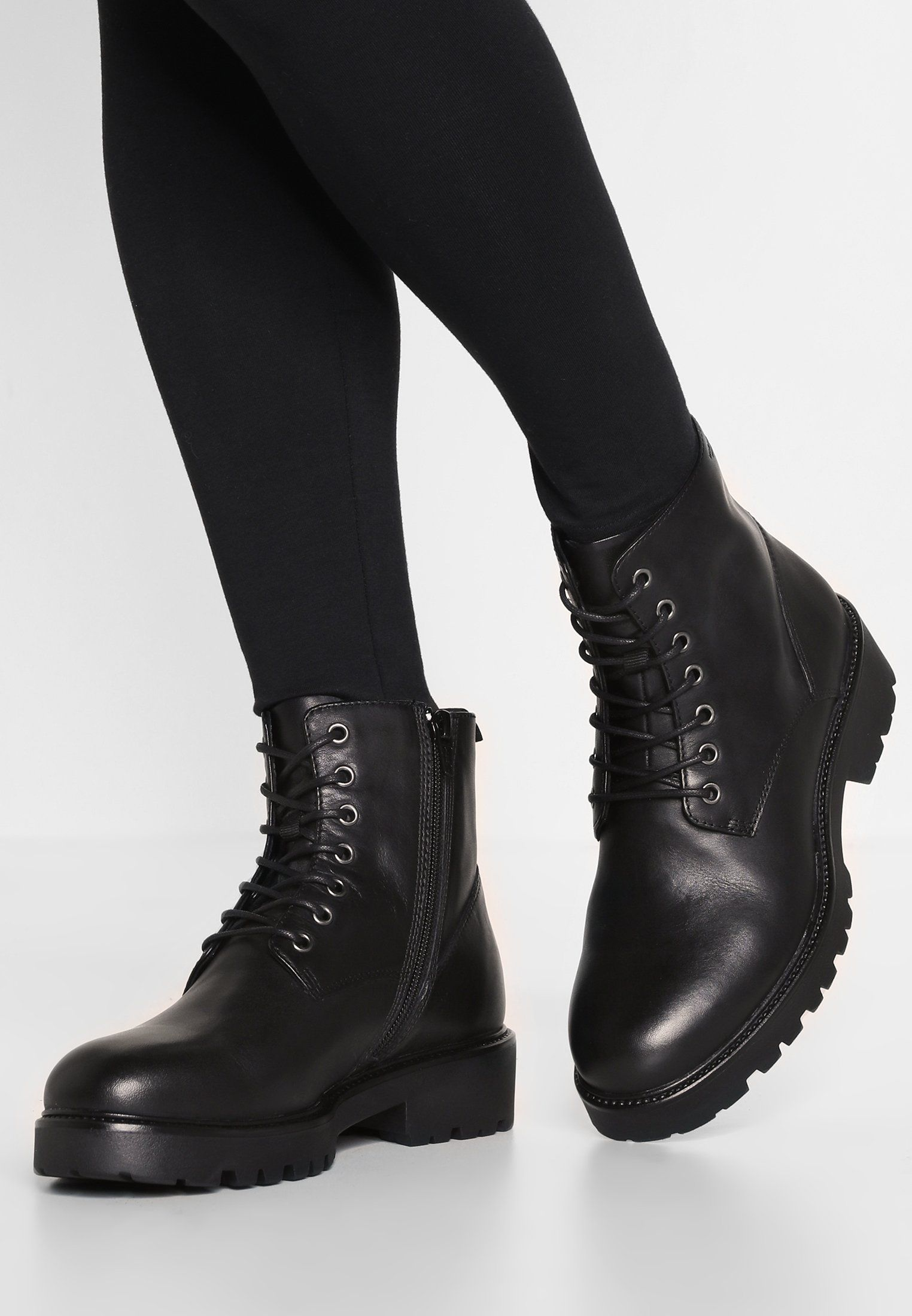 62cf701b97 KENOVA - Bottines à plateau - black   ZALANDO.FR 🛒 in 2019 ...