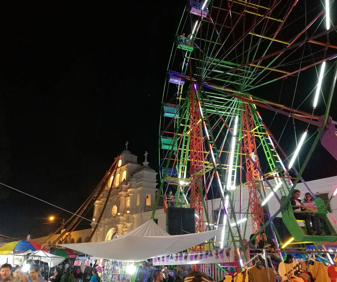 Feria en San Raymundo #ElSantoDeMiPueblo  #ConociendoGuatemalaConCNG Foto: René González