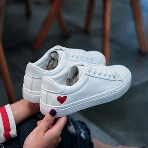 white sneakers women canvas shoes casual flats cute heart