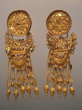 Earrings Gold; cast, braided, stamped, filigreed, with granulation. 9 cm 330-300 BC Barrow No. 1, Theodosia Ancient Greece Source of Entry: