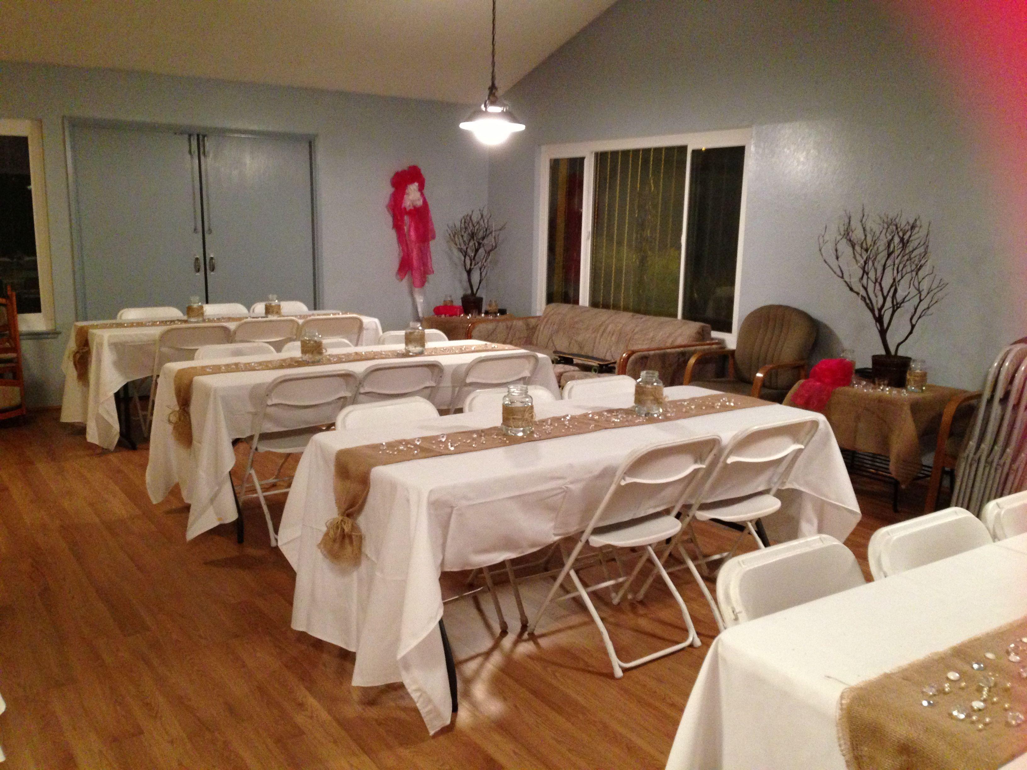 Table Set Up Burlap Table Runners Wedding Ideas
