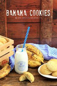 Emily's cupcakes and treats: banana cookies - biscuiti pufosi cu banane