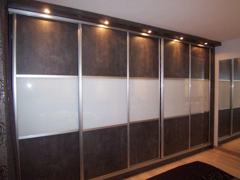 placard placard sous pente a portes battantes coulissantes et tiroirs