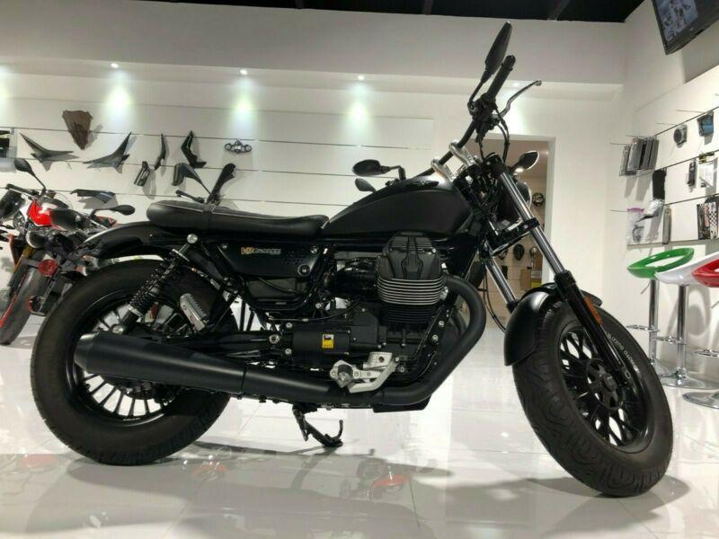 2017 Moto Guzzi V9 Bobber Moto Guzzi Custom Cafe Racer Cafe