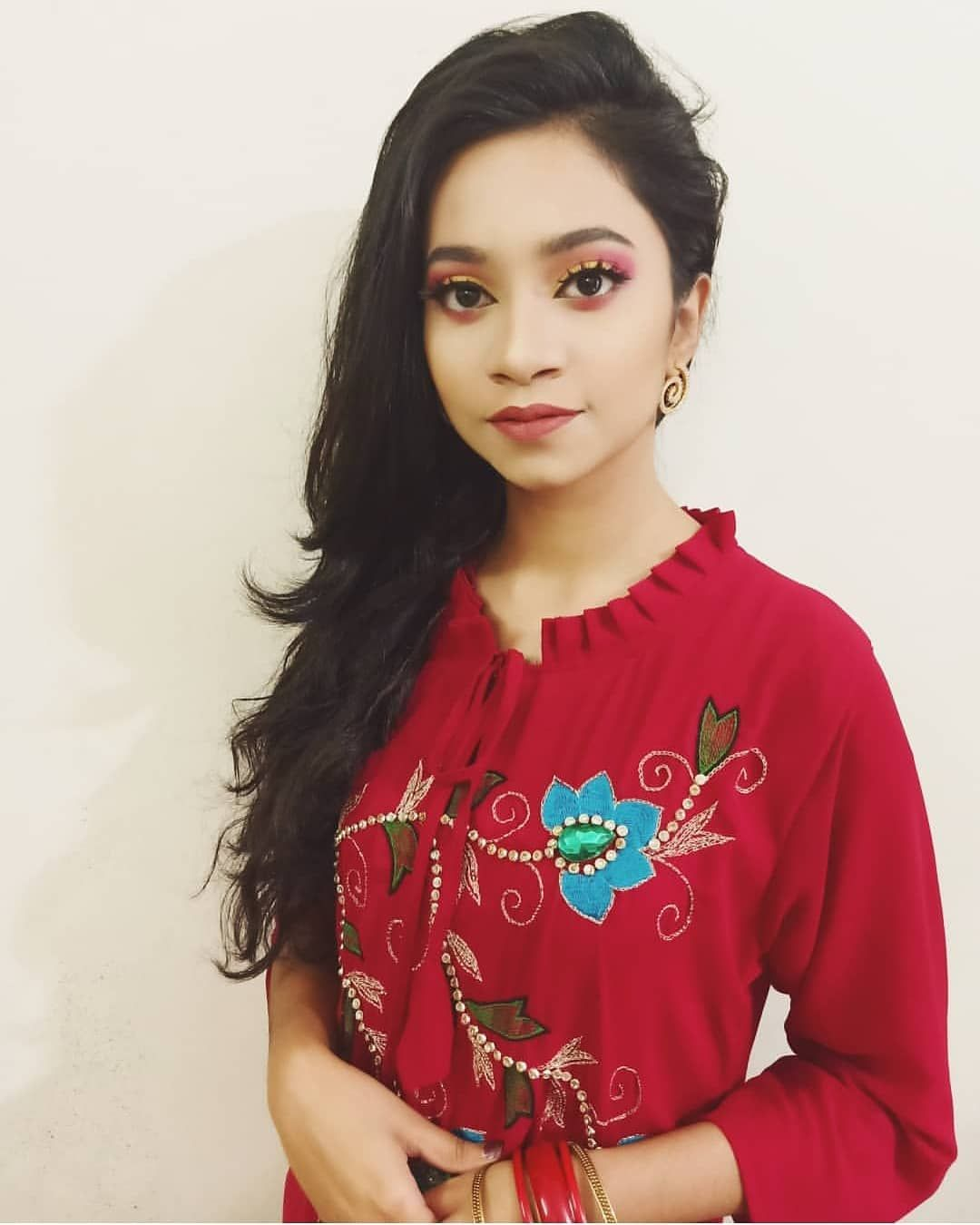 Bengali Divas Selfiestar Bangladesh Follow Like Pics Send Me Your Best Selfie Bengali Divas Selfiestar Bangladesh Follow Fashion Fashionista Women