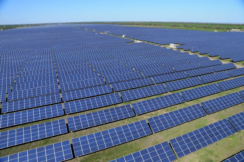 Chile Generates So Much Solar Power That It Just Gives The Extra Away Green Energy Solar Solar Energy Companies Uses Of Solar Energy