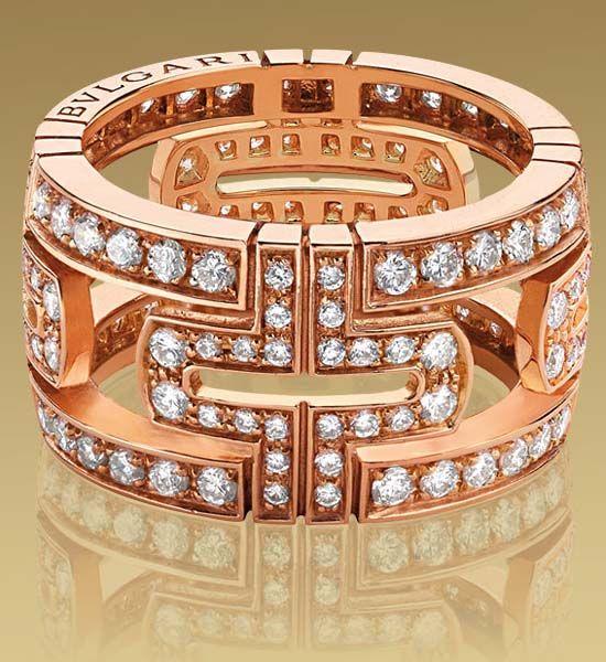 Bulgari PARENTESI large band ring in 18kt pink gold with full pavé diamonds