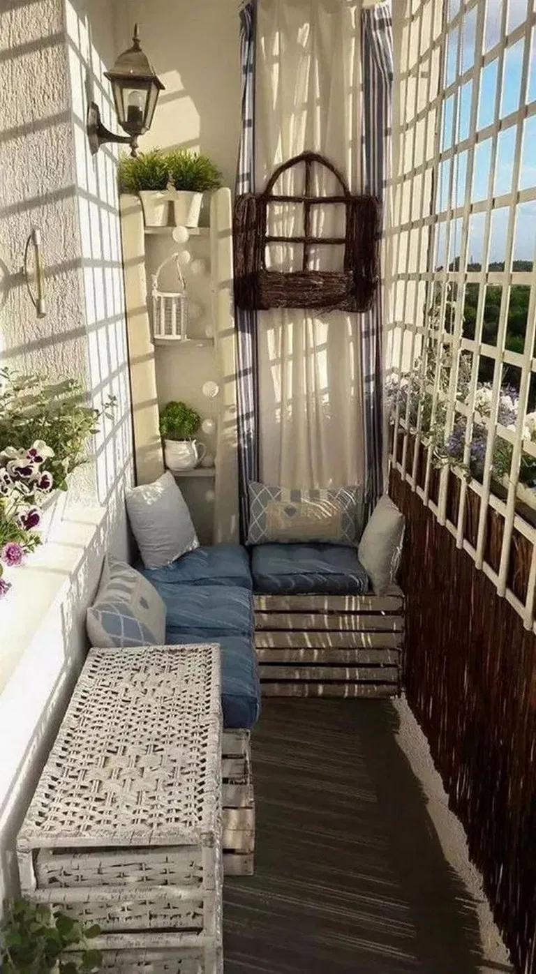 35 Fantastic Apartment Balcony Design Ideas With Perfect Lighting