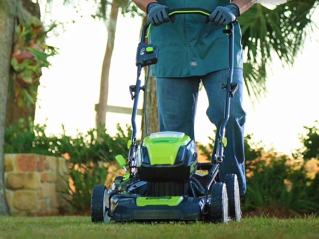 Deal Of The Day Save Up To 60 On Outdoor Power Tools On Amazon Cordless Lawn Mower Greenworks Lawn Mower