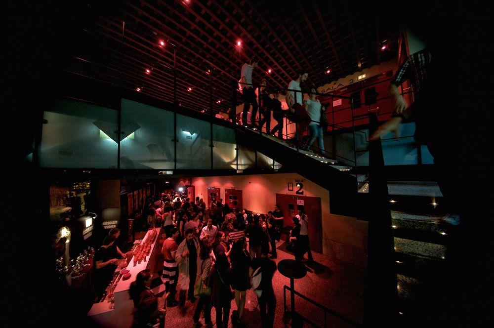 Público del estreno en Cines Luna