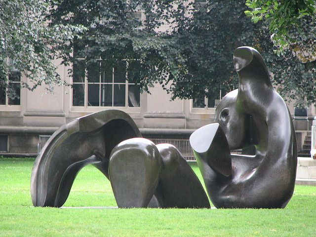 Henry Moore Sculpture Henry moore sculptures, Henry moore and