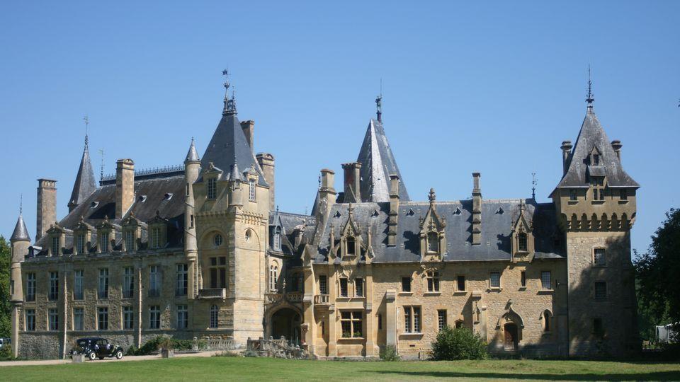 Chambres D Hotes En Chateaux Et Demeures Privees En France Chateau Le Manoir Chambre D Hote