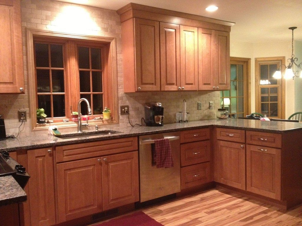 Cambridge Maple Kitchen Cabinets | Kitchen | Pinterest | Maple ...