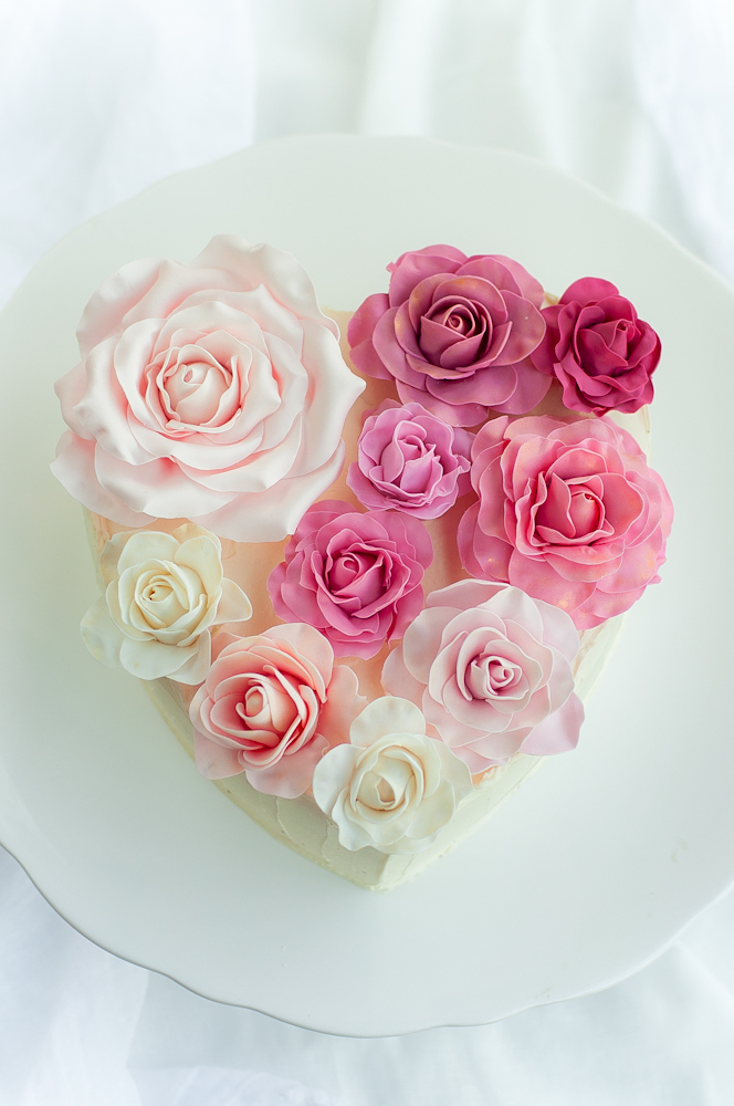 Lulu's Sweet Secrets: Rose Heart Cake