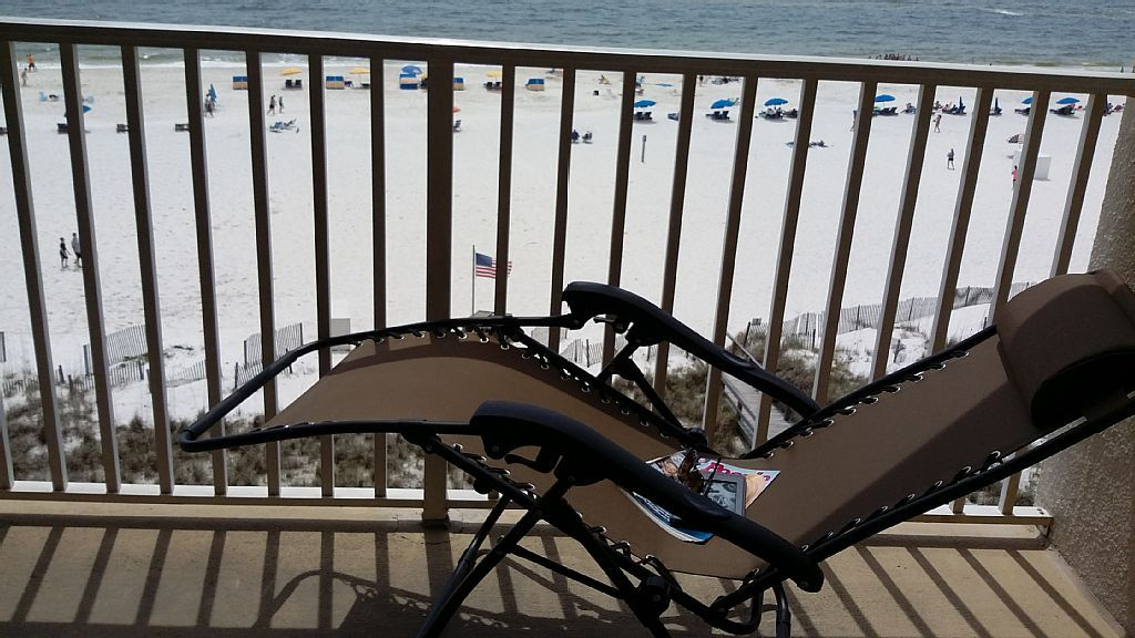 BEAUTIFUL, IMMACULATE, ALL NEW, 1 BR BEACH... - VRBO