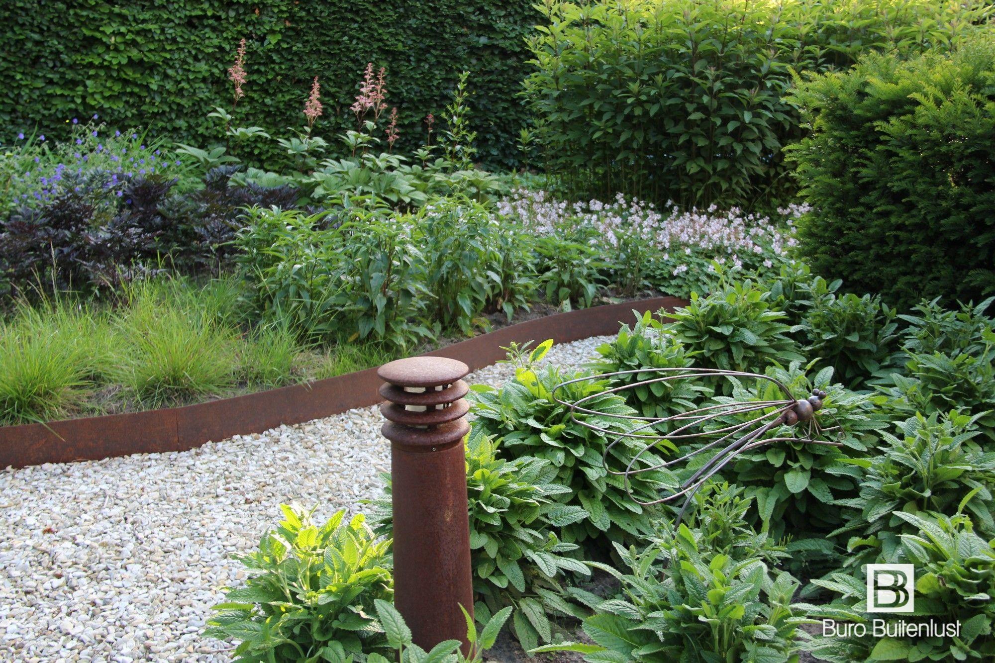Landelijk Wonen Brabant : Stijlvolle landelijke tuin in oirschot noord brabant landelijk