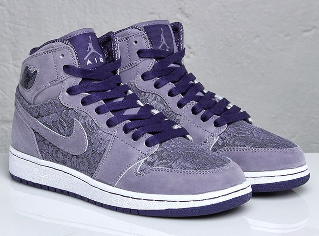 25d922b647d5 cant find these anywhere want them! Lavender Lace girls Js winter 2010