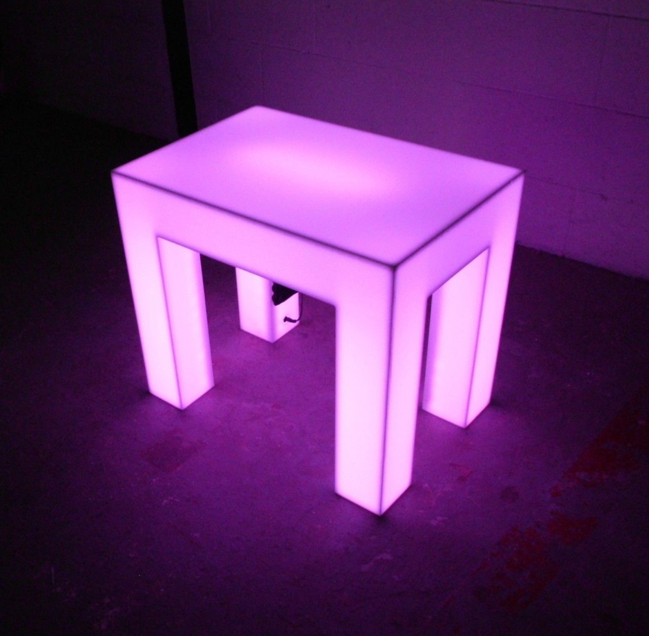 Light Up End Table - Rechargeable. Plexi GlassPlexiglass TableAcrylic ... & Light Up End Table - Rechargeable | Lights and Interiors