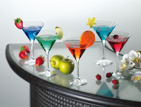 Football cocktails! A clever collection of drink recipes, one for each of the 32 NFL teams, to represent the city, mascot or colors.