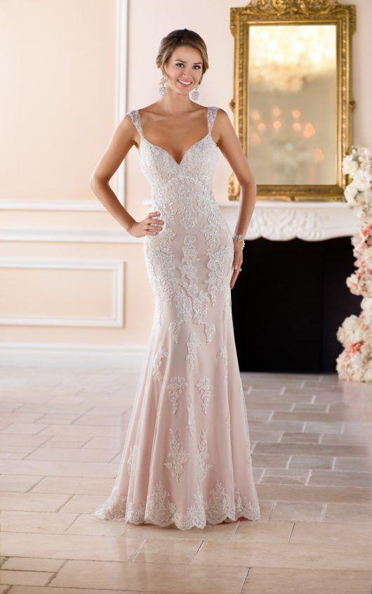 Old Hollywood Glamour Wedding Dress with Long Train | Stella york ...