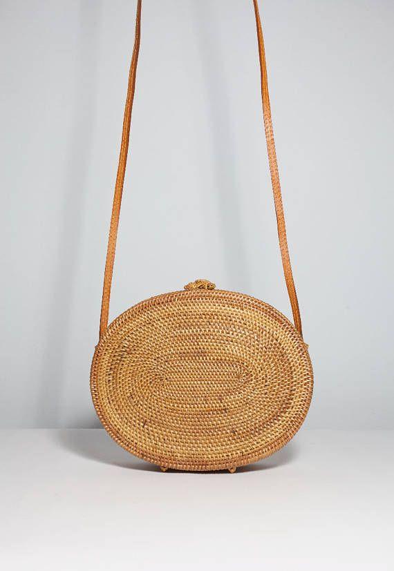 Leisuretime Straw Crossbody Bag femmes d'été Voyage sac à main Weave sac à bandoulière ronde sac à main de plage et sacs à main (Light Brown) nEDJLnLDh