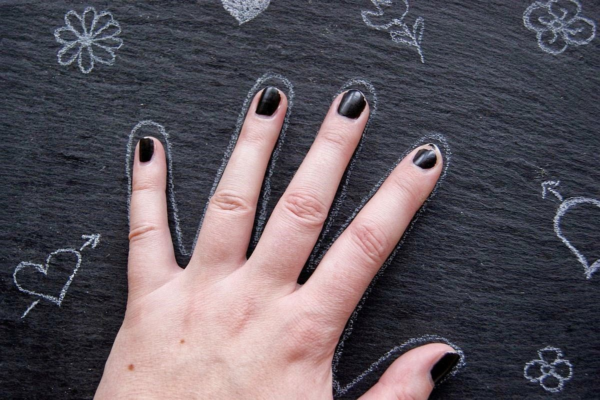 Essence Neuheiten 2015: Nail Edition | www.happiness-is-the-only-rule.de