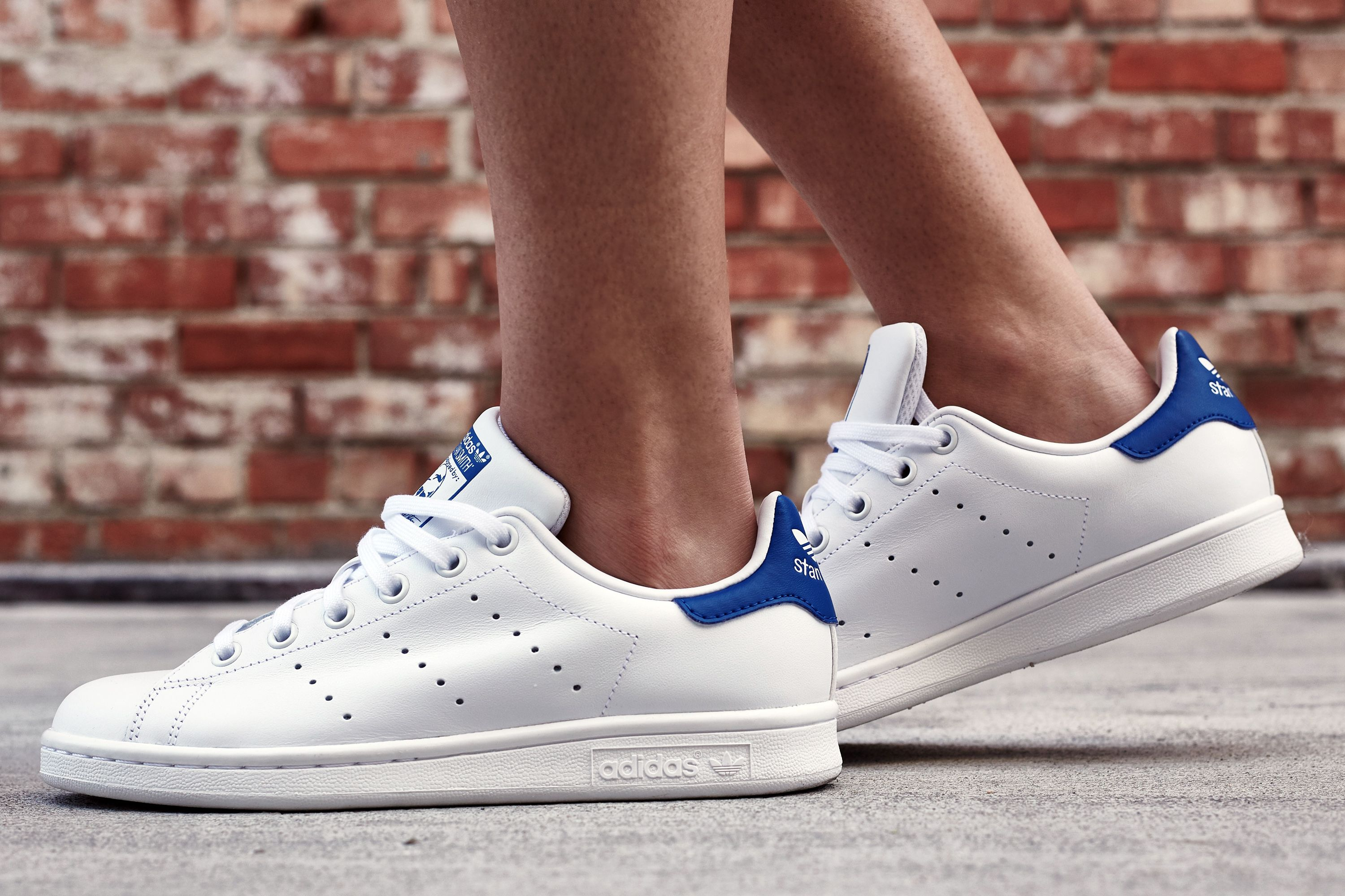 sale retailer 2b5c3 5cbe2 adidas Stan Smith White Royal On-Foot Look