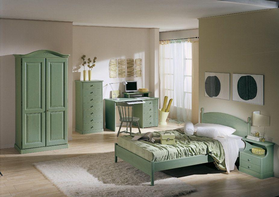 Letto E Cassettiera : Camera in legno di pino completa di letto a una piazza e mezza
