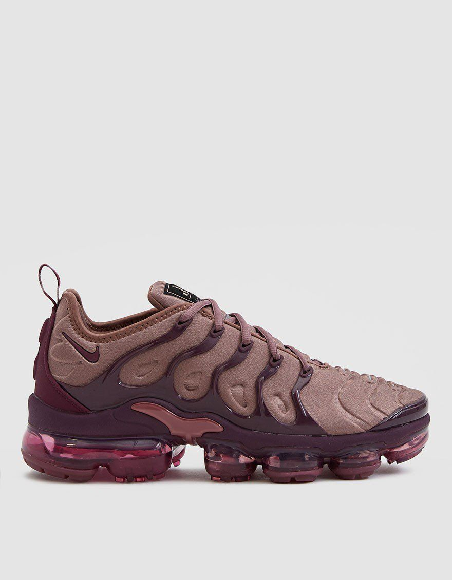 the best attitude 4acd1 1b625 Nike Air Vapormax Plus Sneaker in Smokey MauveBordeaux