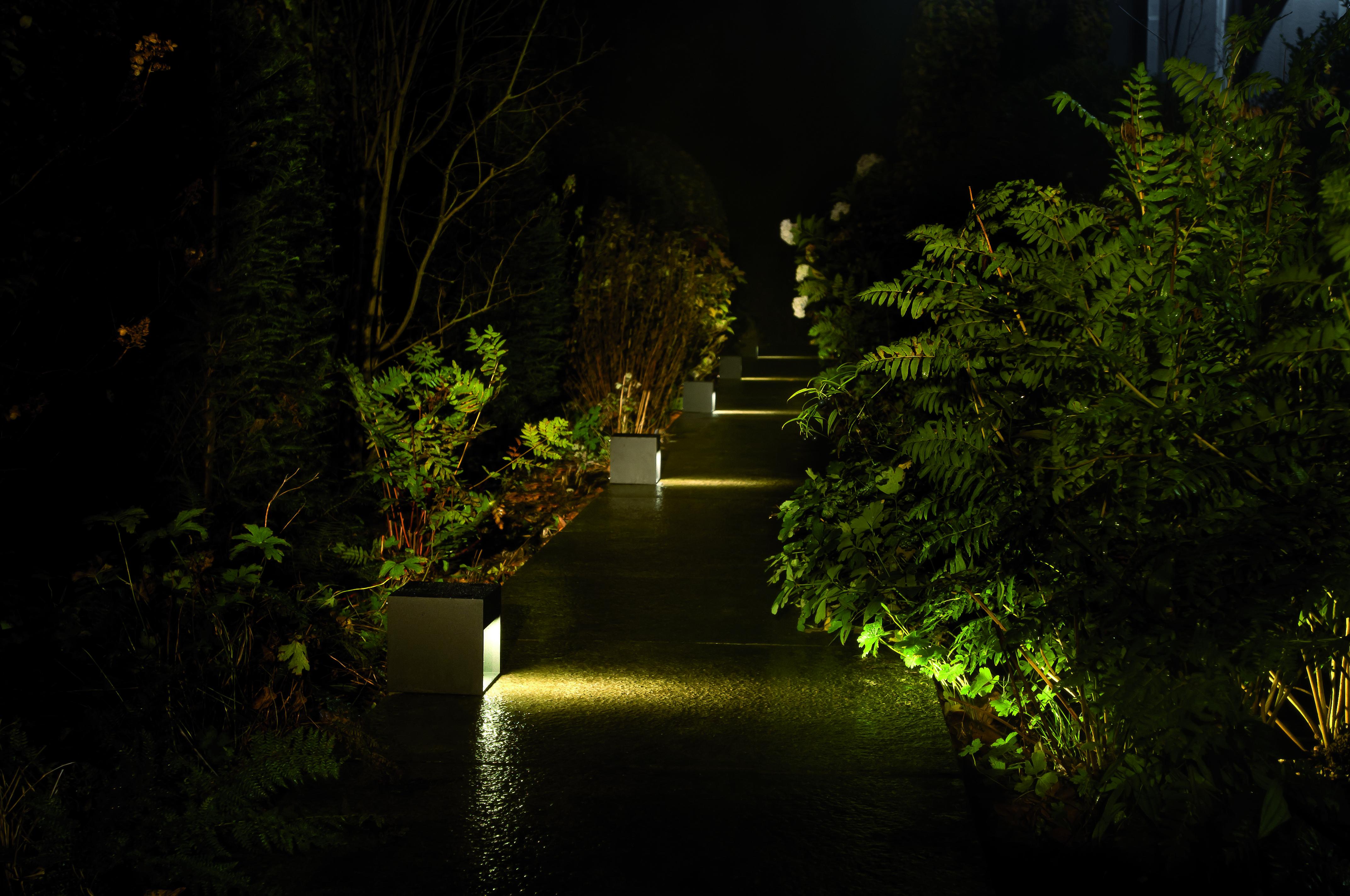 HEB 150 150 BLACKOUT exterior lighting garden TAL