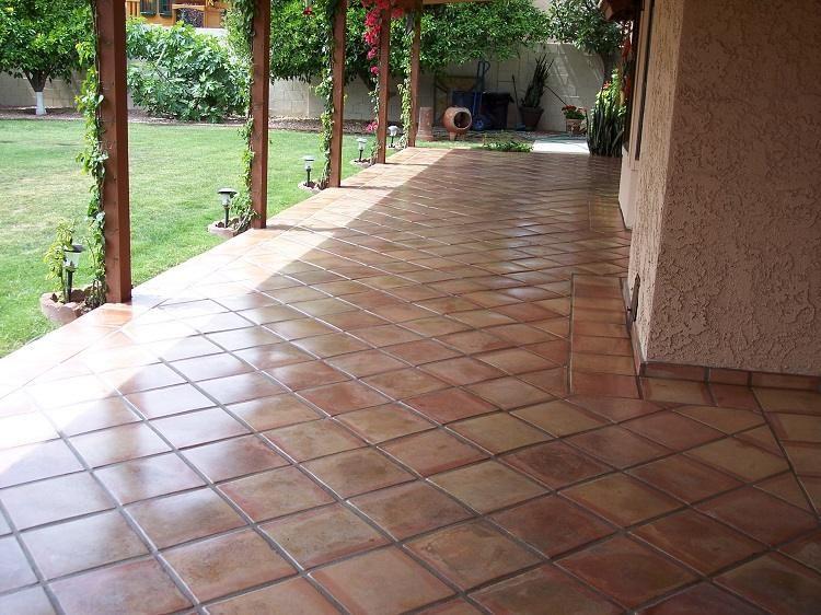Idées naturelles pour nettoyer terrasse carrelage de manière facile et bon marché   Nettoyer ...
