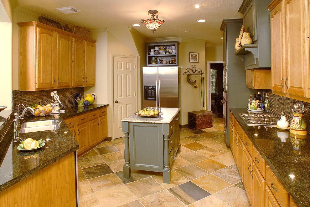 Fascinating Oak as Kitchen Furniture Ideas