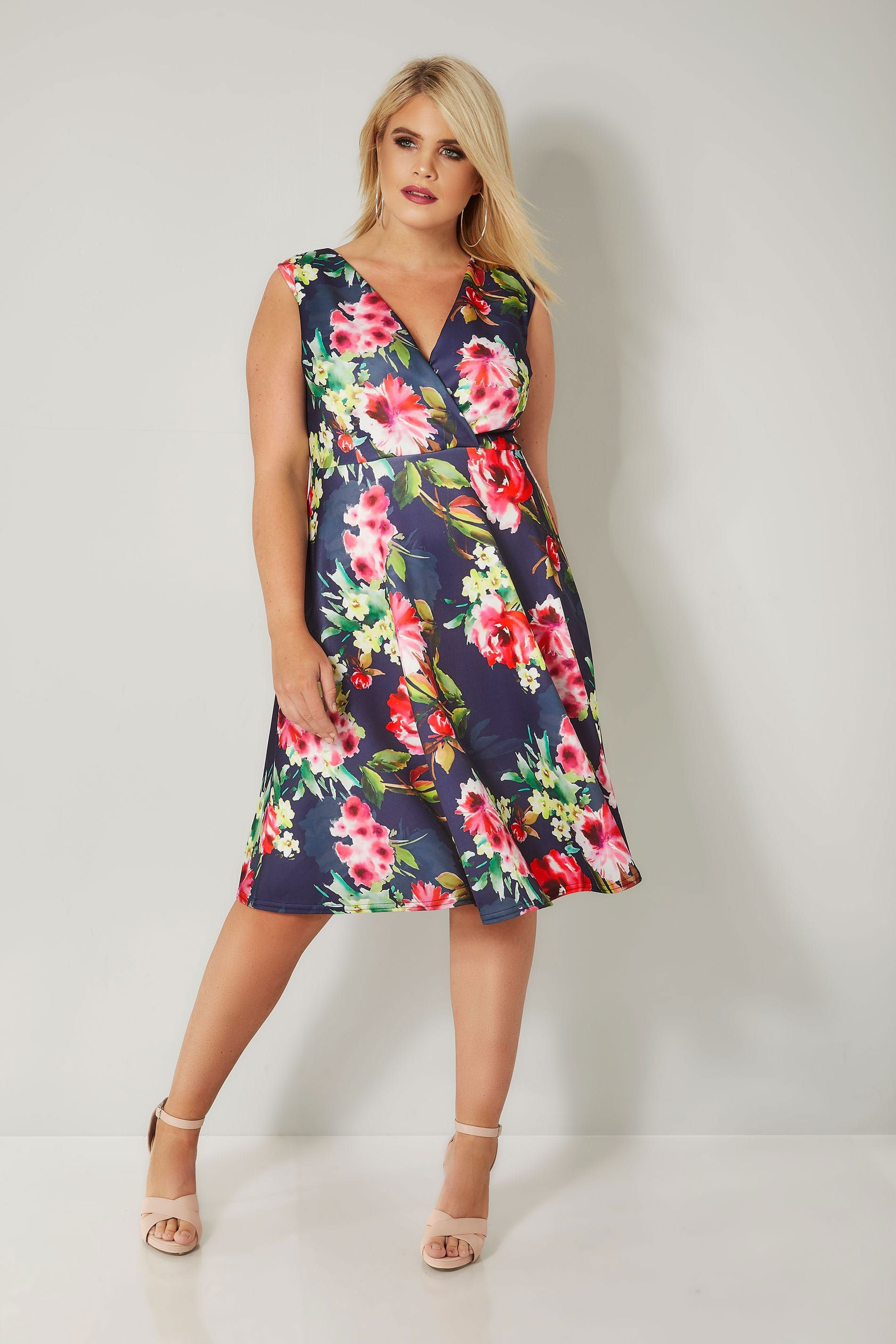 76e2bf2d55eaa Navy Floral Print Skater Dress in 2018