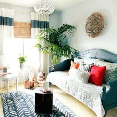 10 Space-Saving Solutions for Tiny Bedrooms Daybed, Sitting rooms