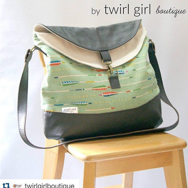 This #hippohobo  is stunning  it was made by @twirlgirlboutique earlier this week and it sold so quickly!  You can grab your pattern in my #etsystore (http://etsy.me/1UFT5a7) or #craftsystore (http://craftsy.me/1RKKyQz) ☺️ #Repost @twirlgirlboutique with @repostapp. ・・・ A beautiful Hippo Hobo Bag... created with DARK chocolate leather,  coordinating with essex linen & the amazing @cottonandsteel Mustang Mint main fabric.. #sold #twirlgirlboutique #cottonandsteelfabric #mustangmint…