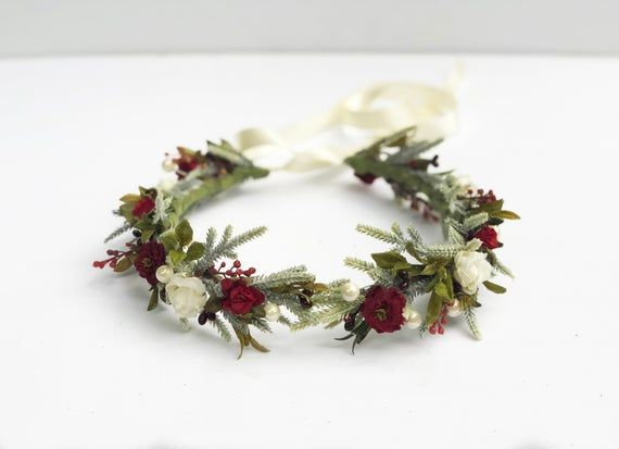 Winter Woodland Flower Crown, Rustic Bridal Headpiece, Berry and Flower, Red and White Christmas Gar #bridalheadpieces